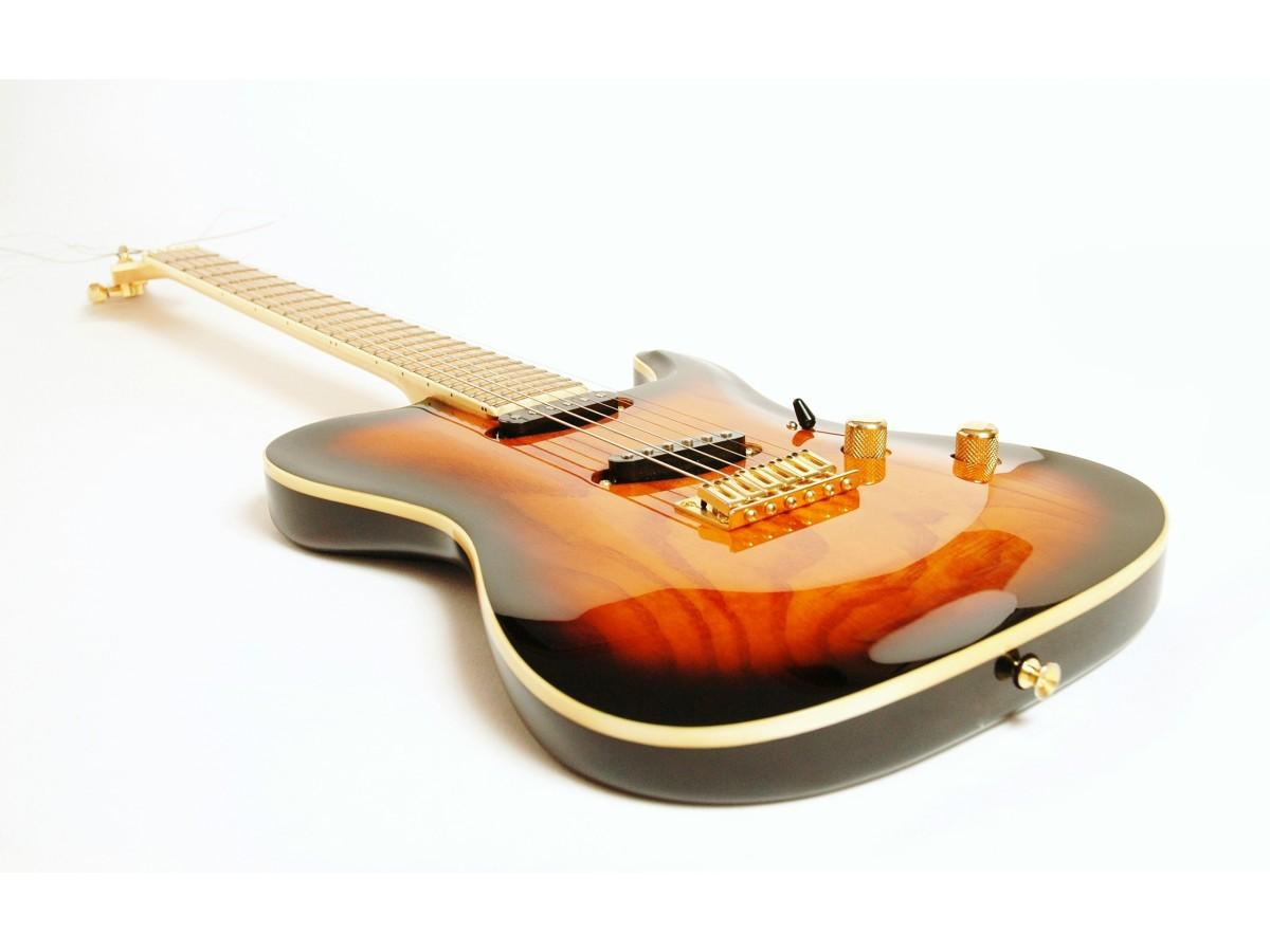 Гитара. Роль лаковых покрытий.
