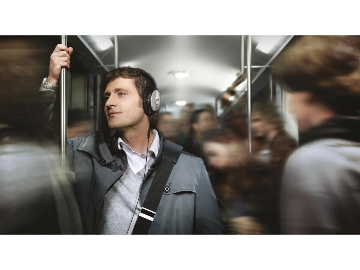 Можно ли потерять слух из-за наушников?