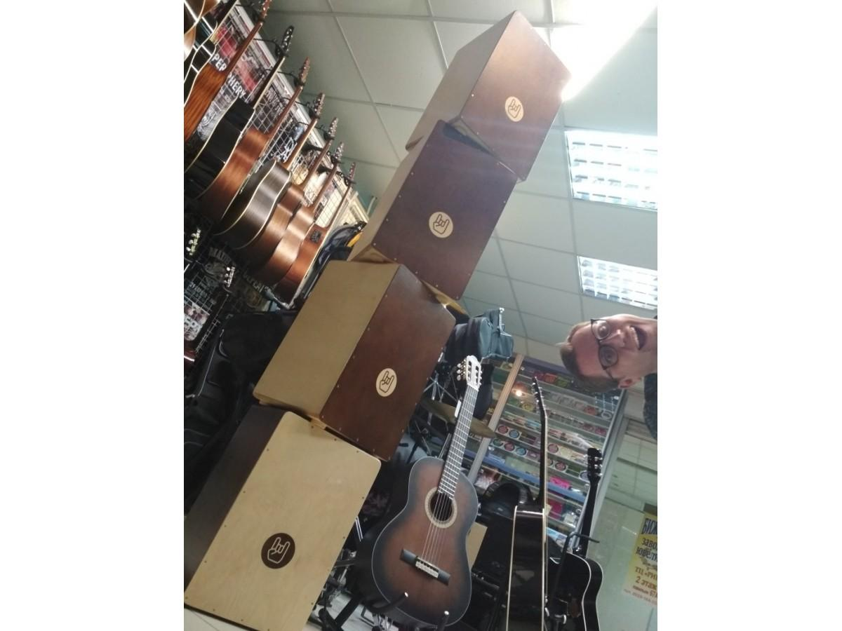 Выбираем гитару для начинающего музыканта